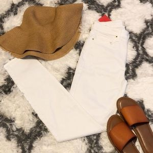 NWT Jen7 White Skinny Jeans